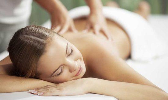 Noks massage - en hel timmes massage i ditt eget hem för 500 kronor.